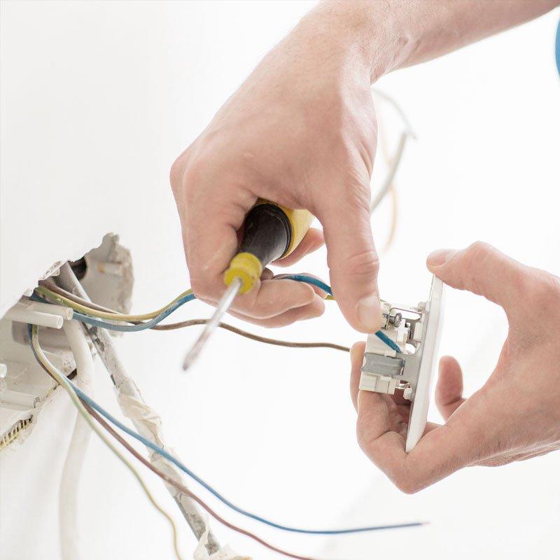 Diensten: Algemene Elektriciteit